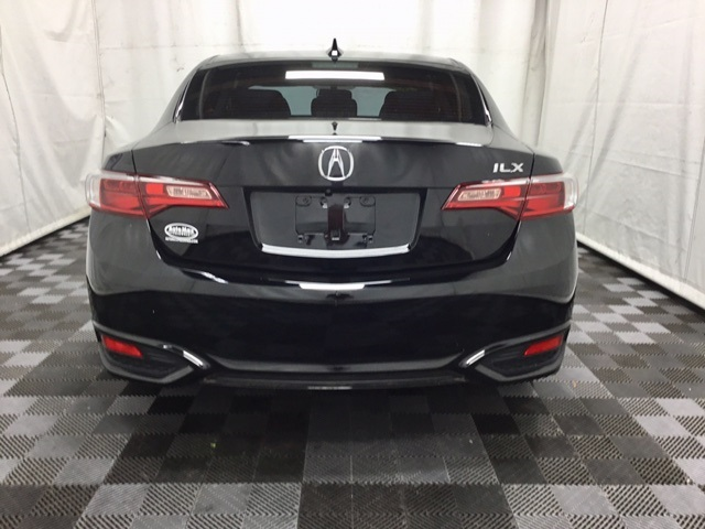 Pre-Owned 2017 Acura ILX 2.4L