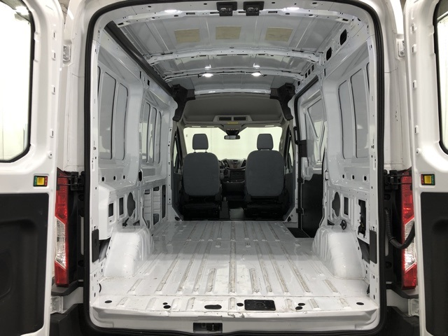 Pre-Owned 2019 Ford Transit-250 Medium Roof