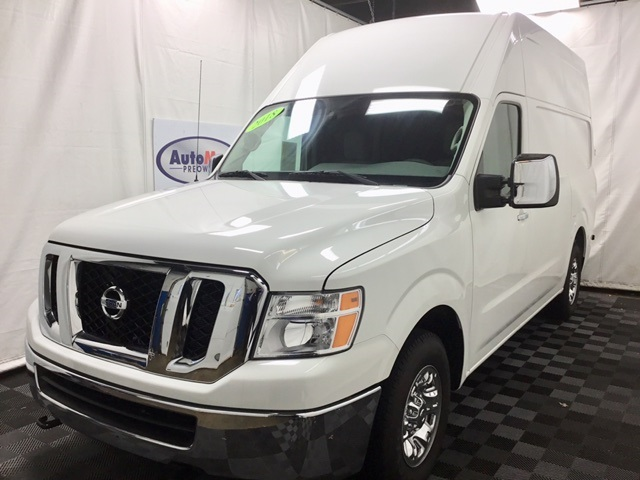 Pre-Owned 2018 Nissan NV3500 HD Cargo SL