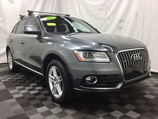 Pre-Owned 2017 Audi Q5 2.0T Premium Plus