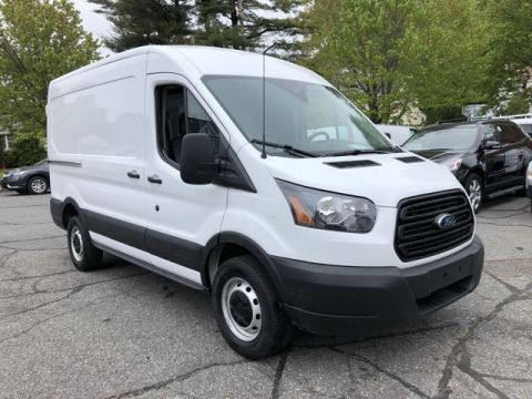 2019 Ford Transit-250 Medium Roof RWD 3D Medium Roof Cargo Van