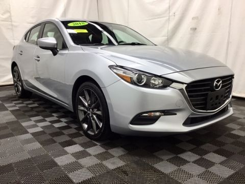 Pre-Owned 2018 Mazda3 Touring Hatchback